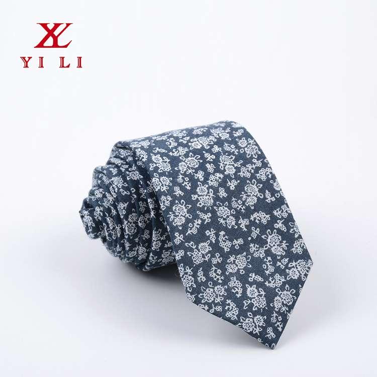 2020年休闲款棉布男士领带